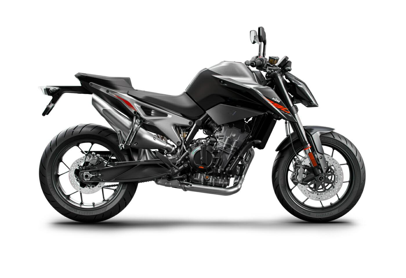 790 Duke Black