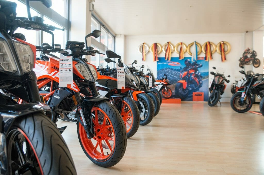 KTM Alskom Motocycle GmbH Verkausraum Motorräder