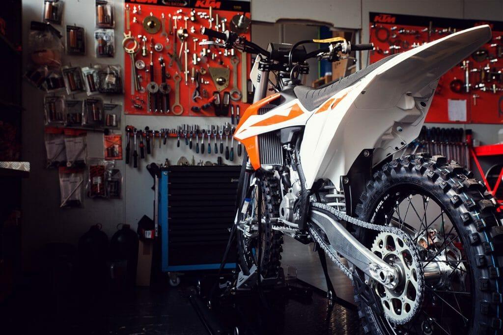 KTM Alskom Motocycle GmbH Werkstatt Reperatur